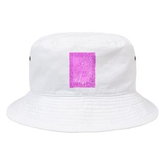 スキヤキロリィタデスコ ショッキングピンク Bucket Hat