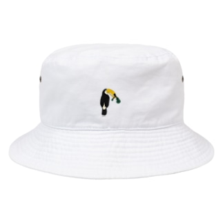 ウクレレを壊したトゥカ Bucket Hat