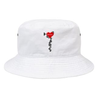 iron heart(鉄の心臓)赤 Bucket Hat