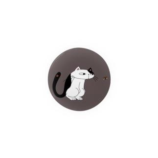 ネコとテントウ虫 (カラーVer./背景色あり) Badges