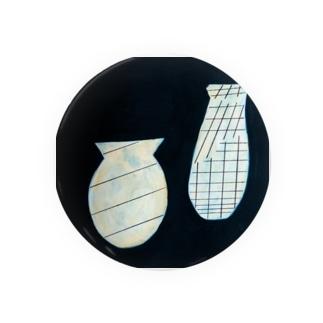 線を持つ花瓶たち Badges