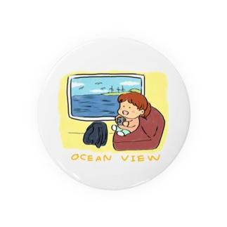 海が見える列車の窓 Badges