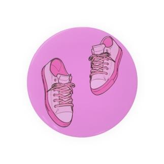 ピンクスニーカー Badges