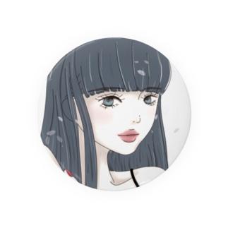 黒髪ロングの女の子 背景白 Badges