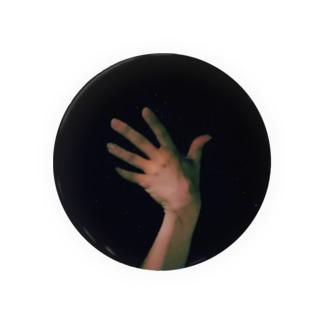 闇に浮かぶ手 Badges