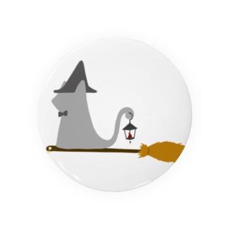 ちょぼろうSHOPのとんがり帽子猫(箒ランプ) Badges