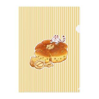 にゃんこ&食《くるみパン》しましまA Clear File Folder