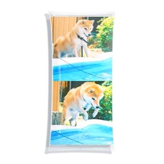 飛び込む犬 Clear Multipurpose Case
