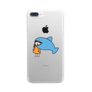 サメに食べられる女の子 Clear smartphone cases
