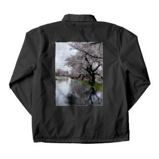 桜と踏切のウユニ塩湖風 Coach Jacket