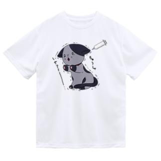 注射が怖い猫 Dry T-Shirt