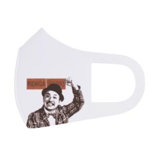 ホリンピックアパレルのレンガホリオの宣材のポーズ Full Graphic Mask
