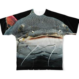 レッドテールキャットフィッシュ Full graphic T-shirts