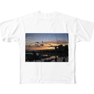 Waikiki's Infinity sunset Full graphic T-shirts