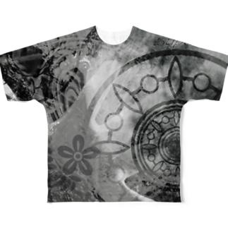 COSMOS 手を伸ばせば宇宙 モノクロ Full graphic T-shirts