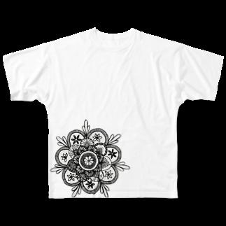 PEAPICAN EMICAのオレンジフルグラフィックTシャツ