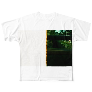 unreal Full graphic T-shirts