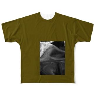 ビッグフォト カーキ Full graphic T-shirts