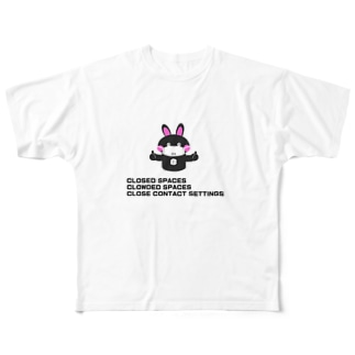 3Cs[三密を避けよう] Full graphic T-shirts