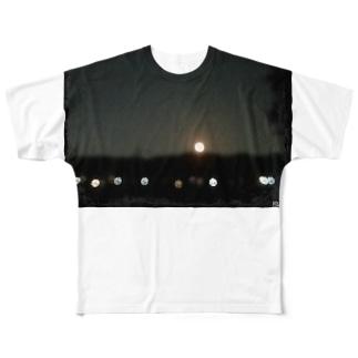HW&Fと月の浮かぶ夜景写真 Full graphic T-shirts