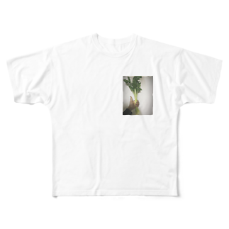 エブリーのCELERY Full graphic T-shirts