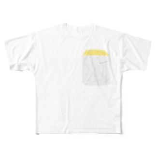胸ポケットにひよこ Full graphic T-shirts