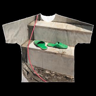 AYRGOODSのスリッパとチューブ Full graphic T-shirts