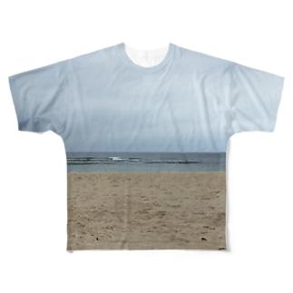 沖縄の浜辺 Full graphic T-shirts