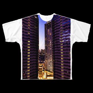 ANGOの高層ビル群、夜景 Full graphic T-shirts