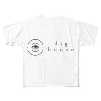。 Full graphic T-shirts