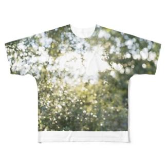 自然光/反射光のtsubu Full graphic T-shirts