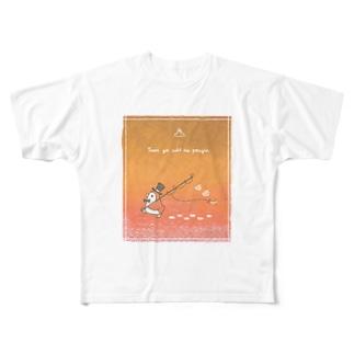 釣りが好きなペンギン(夕方) Full graphic T-shirts