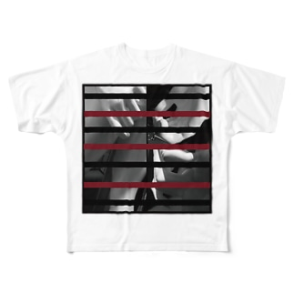 doll Full graphic T-shirts