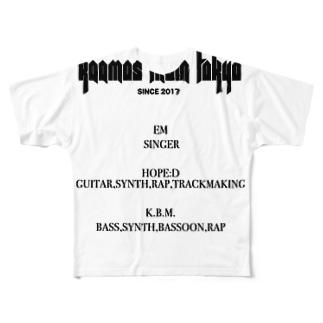 credits4 Full graphic T-shirts