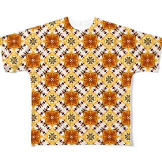 あくびするキツネさん Full graphic T-shirts