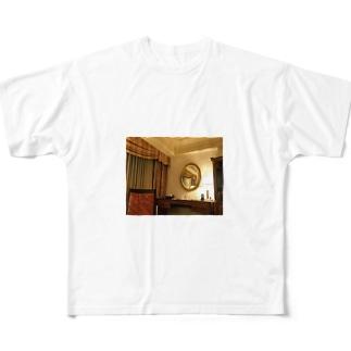 一室1 Full graphic T-shirts