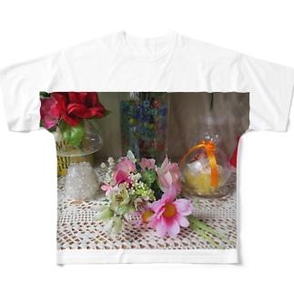 飾ってみるとNo.5 Full graphic T-shirts