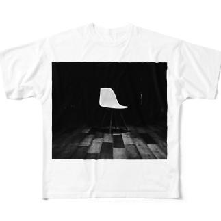 チェア Full graphic T-shirts