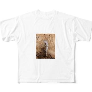 白澤さん Full graphic T-shirts