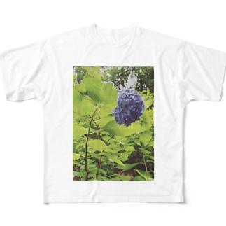 美しさ浮かび上がる雨に濡れた紫陽花 Full graphic T-shirts
