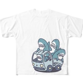 サメがたくさんトラックに Full graphic T-shirts