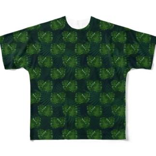 野獣が潜んでいそうなモンステラ。 Full graphic T-shirts