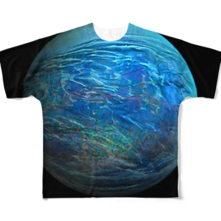 Globe17/For a round heart  Full graphic T-shirts