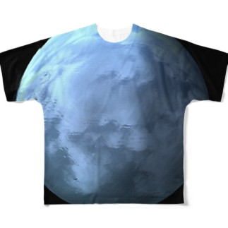 Globe18/For a round heart  Full graphic T-shirts