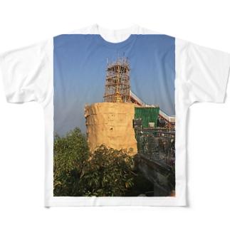 金箔を貼る工事中のゴールデンロック ミャンマー Full graphic T-shirts