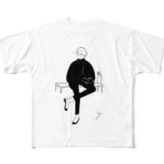 足組みboy Full graphic T-shirts