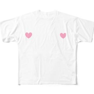 乳首の位置がわかる Full graphic T-shirts