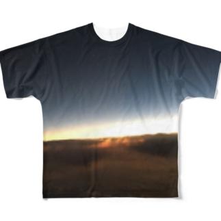 ライオネル Full graphic T-shirts