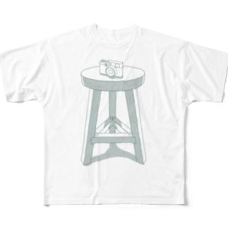 おんざ きゃめら Full graphic T-shirts