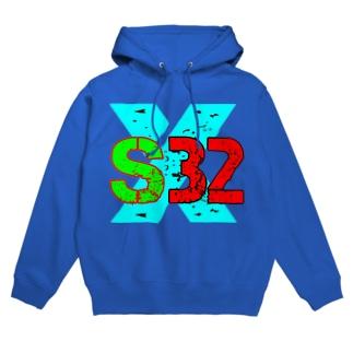 s32 Hoodies